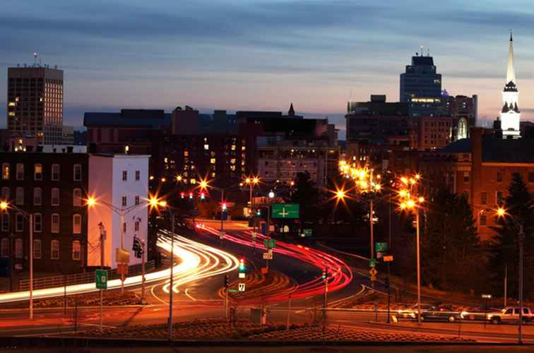 Worcester, MA Guide de la vie nocturne gay / Massachusetts
